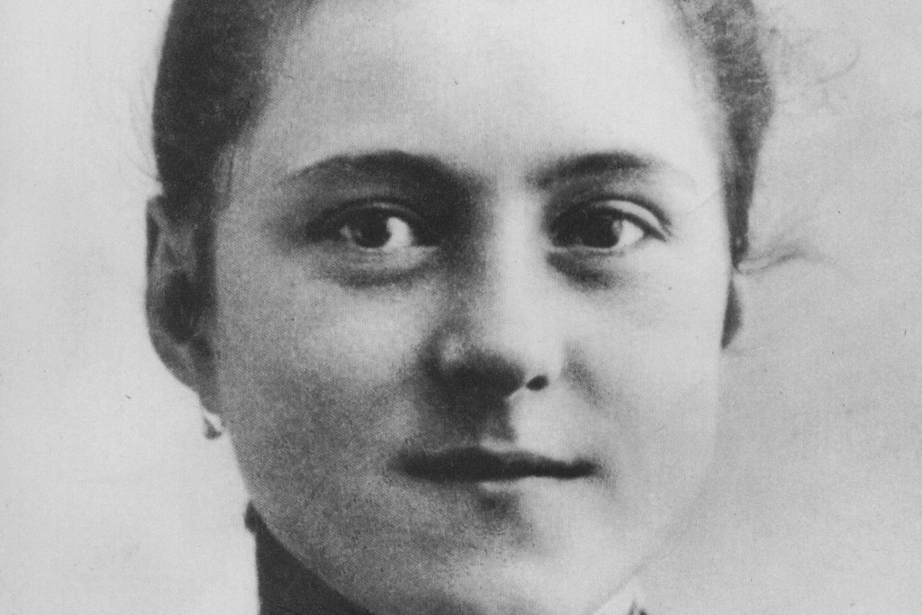 St. Therese's prayer of trust brings comfort to Catholic singles.