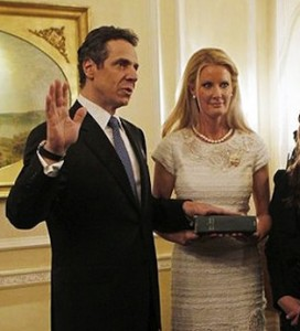 Andrew Cuomo and Sandra Lee at the inauguration