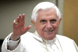 Pope Benedict's 45th World Communications Day message speaks to online daters