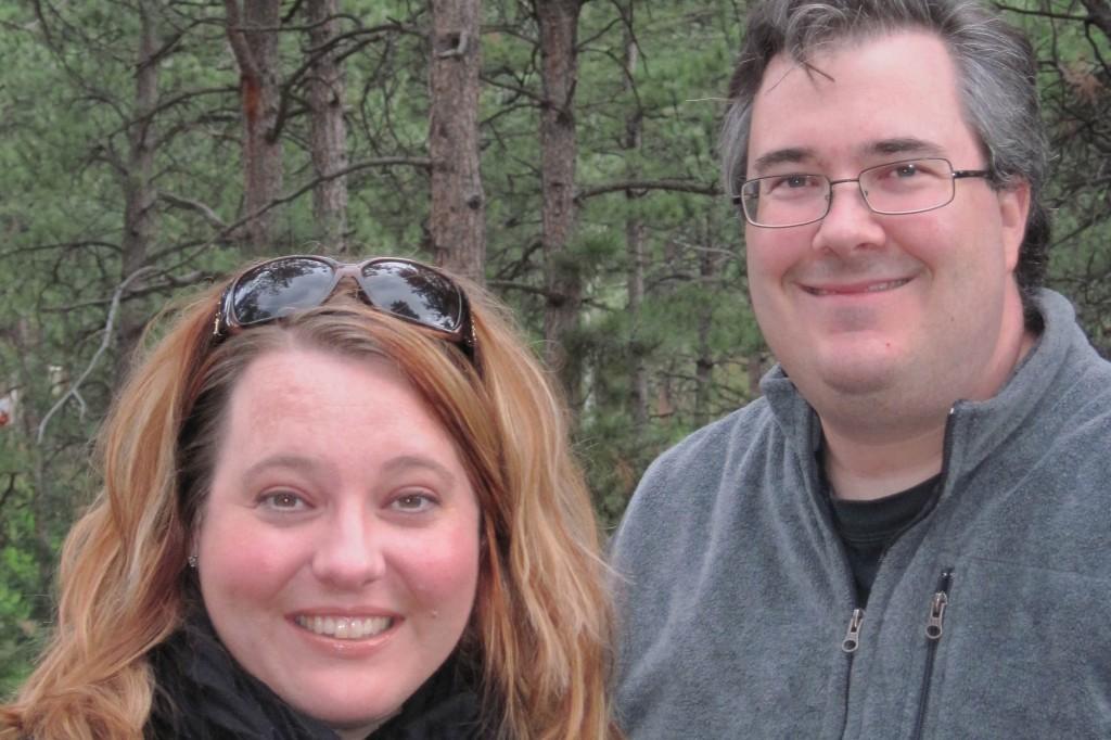 Tiffany & Kevin rent a log cabin in Colorado