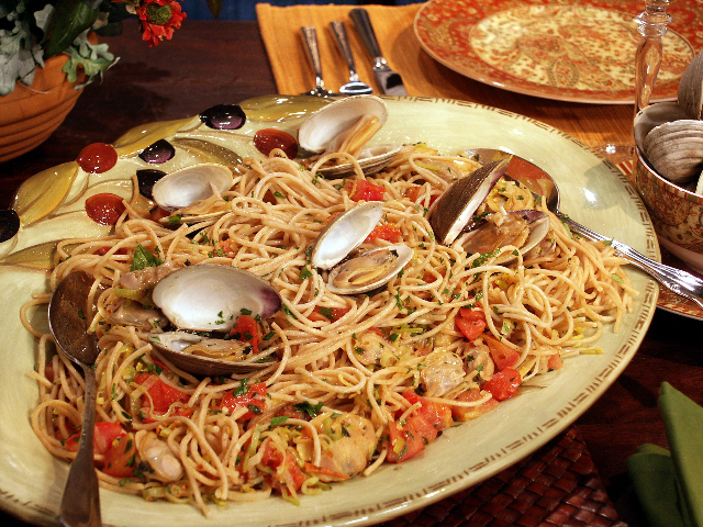 meatless pasta dishes at christmas are an italian tradition - Italian Christmas Eve Menu