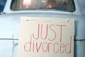 can a divorced catholic dating without an annulment The vatican reforms will make it faster and easier for divorced catholics to obtain an annulment, allowing them to remarry in a catholic ceremony which allows local bishops to grant an annulment in as few as 45 days, under certain circumstances if the couple applies without opposition from one of the.