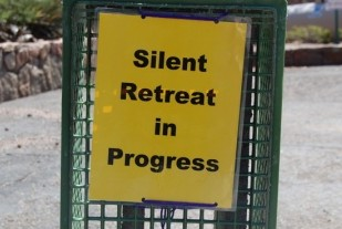 In the quest for a mate, single Catholics benefit from silent retreats!