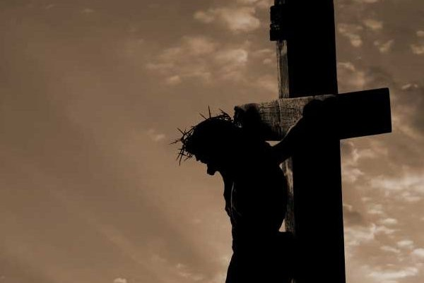 Holy Week healing for wounded singles: Get in touch with Jesus' wounds!