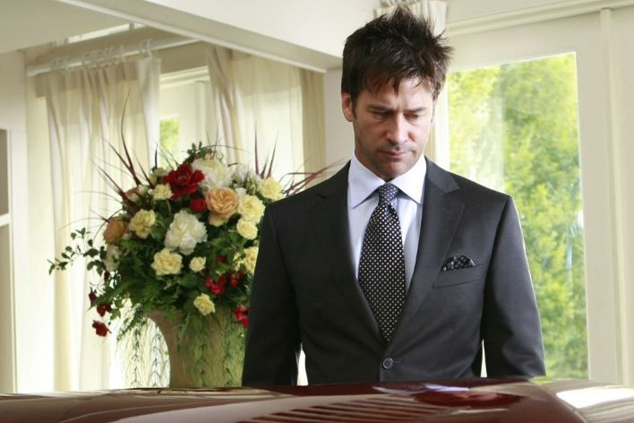 Alone in your grief? Advice for singles at a funeral