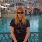 Elizabeth loves to travel, including this time in Las Vegas, and now she has someone to share it with.