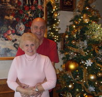 Michael & Theresa's chemistry brought  real warmth to Minnesota this Christmas.