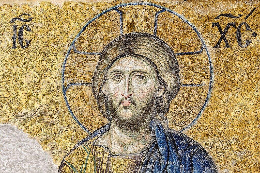 Single Catholics: Keep Your Eyes Focused on Christ