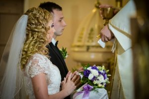 Want A Sacramental Marriage? Do These 5 Things