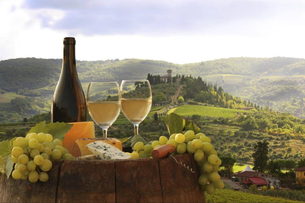Travel with Fr. Leo to Tuscany!