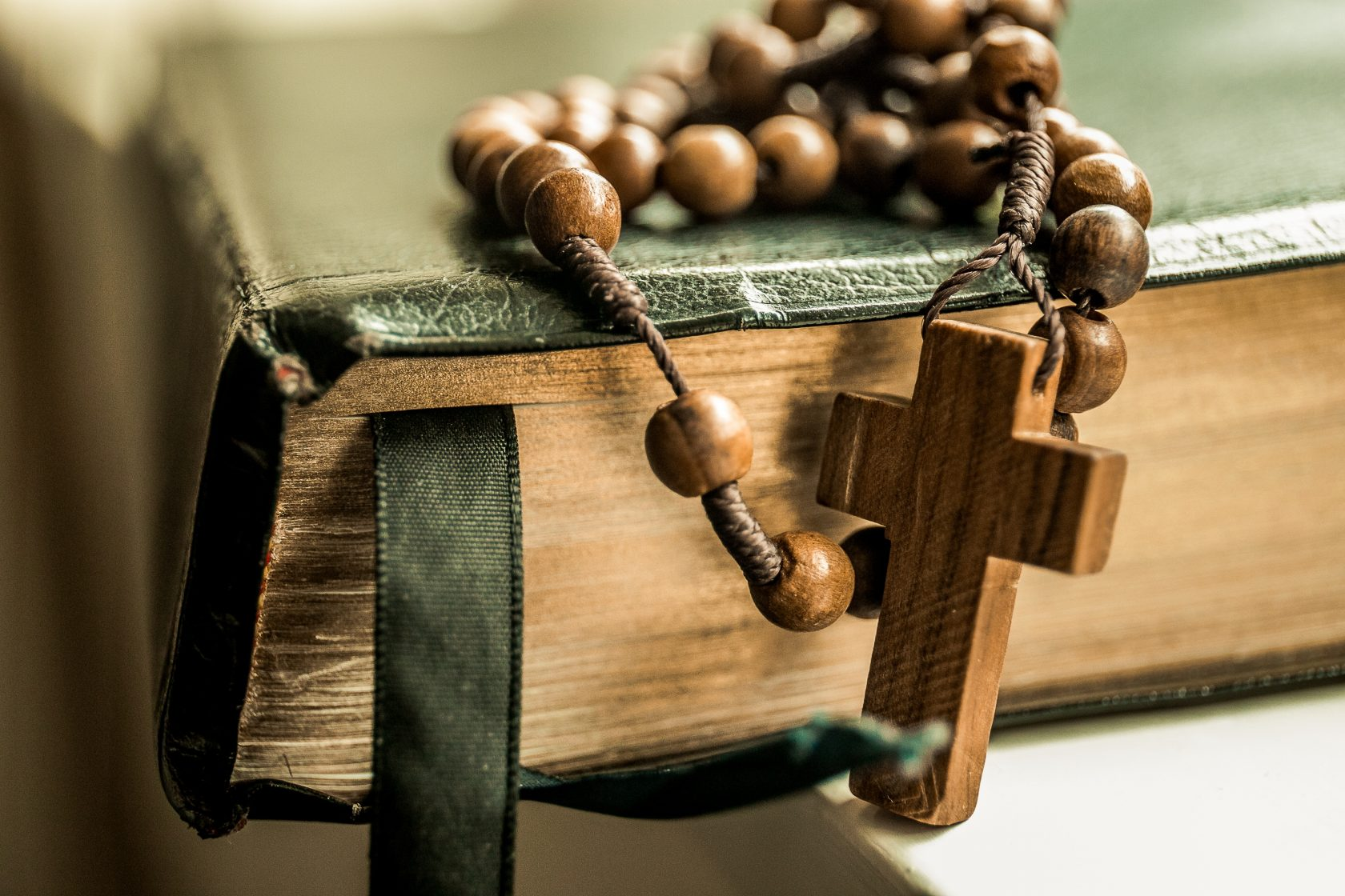 4 Steps to Starting a Daily Prayer Life